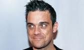 Robbie Williams élőben közvetítette kisfia születését