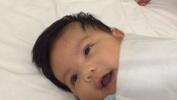 Videó: babaaltatás 40 másodperc alatt